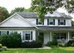 Foreclosed Home in Yaphank 11980 39 BERGERS CT E - Property ID: 6305877