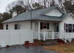 Foreclosed Home in Coram 11727 1085 OLD TOWN RD - Property ID: 6306704