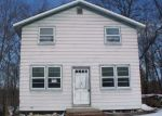 Foreclosed Home in Lake Hopatcong 7849 1 BETTY DR - Property ID: 6307033