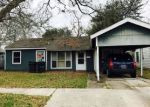 Foreclosed Home in Lake Charles 70615 212 GELPI DR - Property ID: 6307058