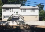 Foreclosed Home in Hopatcong 7843 10 LARSON TRL - Property ID: 6308075