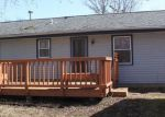Foreclosed Home in Waukesha 53188 814 CHERRYWOOD DR - Property ID: 6308690