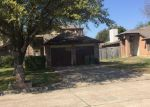 Foreclosed Home in Arlington 76001 6304 MERCEDES DR - Property ID: 6308714
