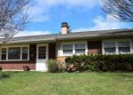 Foreclosed Home in Hoffman Estates 60169 470 AMHERST LN - Property ID: 6308919