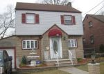 Foreclosed Home in Passaic 7055 31 ELLIOT ST - Property ID: 6309380