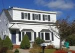 Foreclosed Home in Upton 1568 18 PICADILLY ST - Property ID: 6310078