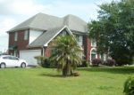 Foreclosed Home in Gretna 70056 3741 LAKE TIMBERLANE DR - Property ID: 6310114