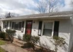 Foreclosed Home in Bedford 44146 852 WASHINGTON ST - Property ID: 6310383