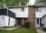 Foreclosed Home in Bolingbrook 60440 221 DOUGLASS WAY - Property ID: 6310439