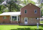 Foreclosed Home in Hillsdale 49242 2389 OAKWOOD DR - Property ID: 6310790