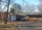 Foreclosed Home in Glen Ellyn 60137 21W276 CRESCENT BLVD - Property ID: 6310834