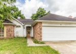Foreclosed Home in Lafayette 70506 211 SHADOWBRUSH BND - Property ID: 6311183