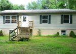 Foreclosed Home in Bartonsville 18321 337 LAUREL LAKE RD - Property ID: 6311282