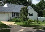 Foreclosed Home in West Babylon 11704 373 15TH ST - Property ID: 6311670