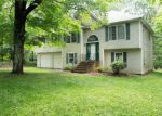 Foreclosed Home in Poughquag 12570 275 MENNELLA RD - Property ID: 6312264