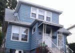 Foreclosed Home in Kearny 7032 257 FOREST ST - Property ID: 6313028
