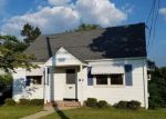 Foreclosed Home in Clifton 7013 73 MAPLE HILL RD - Property ID: 6314090