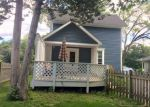 Foreclosed Home in Barrington 60010 126 RAYMOND AVE - Property ID: 6314135