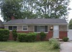 Foreclosed Home in Clinton Township 48035 34019 BEACONSFIELD ST - Property ID: 6314348
