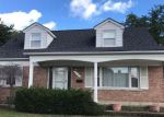 Foreclosed Home in Eastpointe 48021 17181 WILSON AVE - Property ID: 6314484
