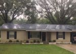Foreclosed Home in Macclenny 32063 405 LINDA ST - Property ID: 6314501