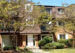 Foreclosed Home in Mount Prospect 60056 1002 GROVE DR APT 2B - Property ID: 6315378
