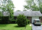 Foreclosed Home in Hanover Park 60133 7881 BERKSHIRE DR - Property ID: 6315380
