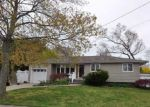Foreclosed Home in Deer Park 11729 105 ALBANY ST - Property ID: 6315709