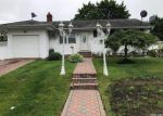 Foreclosed Home in Central Islip 11722 12 E ELM ST - Property ID: 6315864