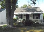 Foreclosed Home in Harper Woods 48225 18559 WOODSIDE ST - Property ID: 6315894