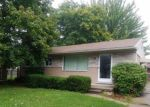 Foreclosed Home in Clinton Township 48035 35468 SIMON DR - Property ID: 6315896