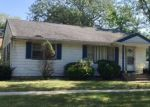 Foreclosed Home in Lombard 60148 907 S LINCOLN ST - Property ID: 6316326