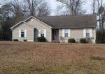 Foreclosed Home in Richlands 28574 161 CORE RD - Property ID: 6316439