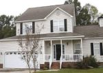 Foreclosed Home in Willow Spring 27592 907 BLUE GARDEN LN - Property ID: 6317186