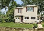 Foreclosed Home in Wayne 7470 80 LIONS HEAD BLVD - Property ID: 6317236