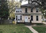Foreclosed Home in Neenah 54956 406 SHERRY ST - Property ID: 6317348