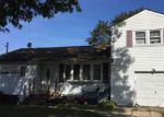 Foreclosed Home in Brentwood 11717 171 CLAYWOOD DR - Property ID: 6317412