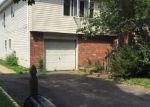 Foreclosed Home in Huntington 11743 5 BIRCH PL - Property ID: 6317418