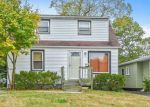 Foreclosed Home in Shirley 11967 18 MASTIC BLVD W - Property ID: 6317782