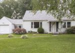 Foreclosed Home in New Albany 47150 2649 ROANOKE AVE - Property ID: 6318398