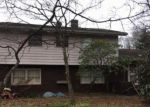 Foreclosed Home in Glen Mills 19342 416 FORGE RD - Property ID: 6318612