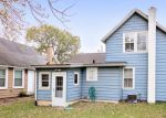 Foreclosed Home in Spring Grove 60081 8010 EAST ST - Property ID: 6318895