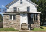 Foreclosed Home in Warwick 2886 73 TILLINGHAST AVE - Property ID: 6319156