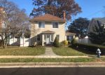 Foreclosed Home in Hempstead 11550 73 PARSONS DR - Property ID: 6319344