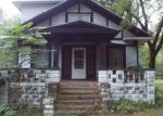 Foreclosed Home in Joliet 60433 810 MANHATTAN RD - Property ID: 6319451