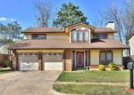 Foreclosed Home in Oklahoma City 73135 4605 SE 48TH ST - Property ID: 6320986