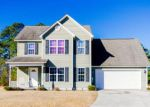 Foreclosed Home in Maple Hill 28454 204 KAYLA DAWN CT - Property ID: 6321063