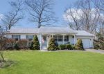Foreclosed Home in Moriches 11955 22 2ND ST - Property ID: 6321154