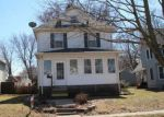 Foreclosed Home in Davenport 52804 729 W 15TH ST - Property ID: 6321496