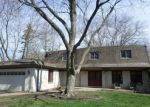 Foreclosed Home in Lake Zurich 60047 2 ABERDEEN RD - Property ID: 6321516
